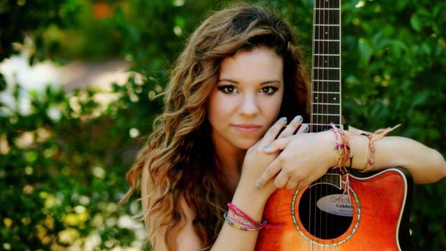 Julianna Smaltz - Tin Roof Cantina  - 2014-09-23T04:00:00+00:00